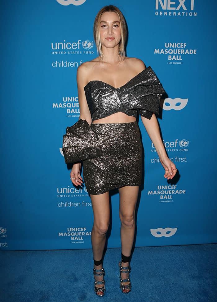 whitney-port-metallic-crop-bow-top-mini-skirt