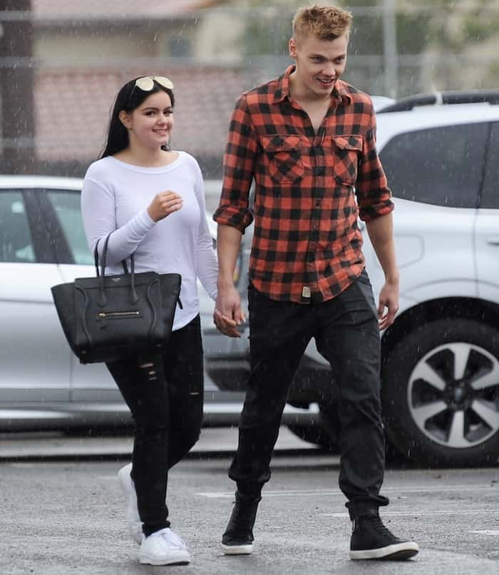 ariel-winter-with-boyfriend6