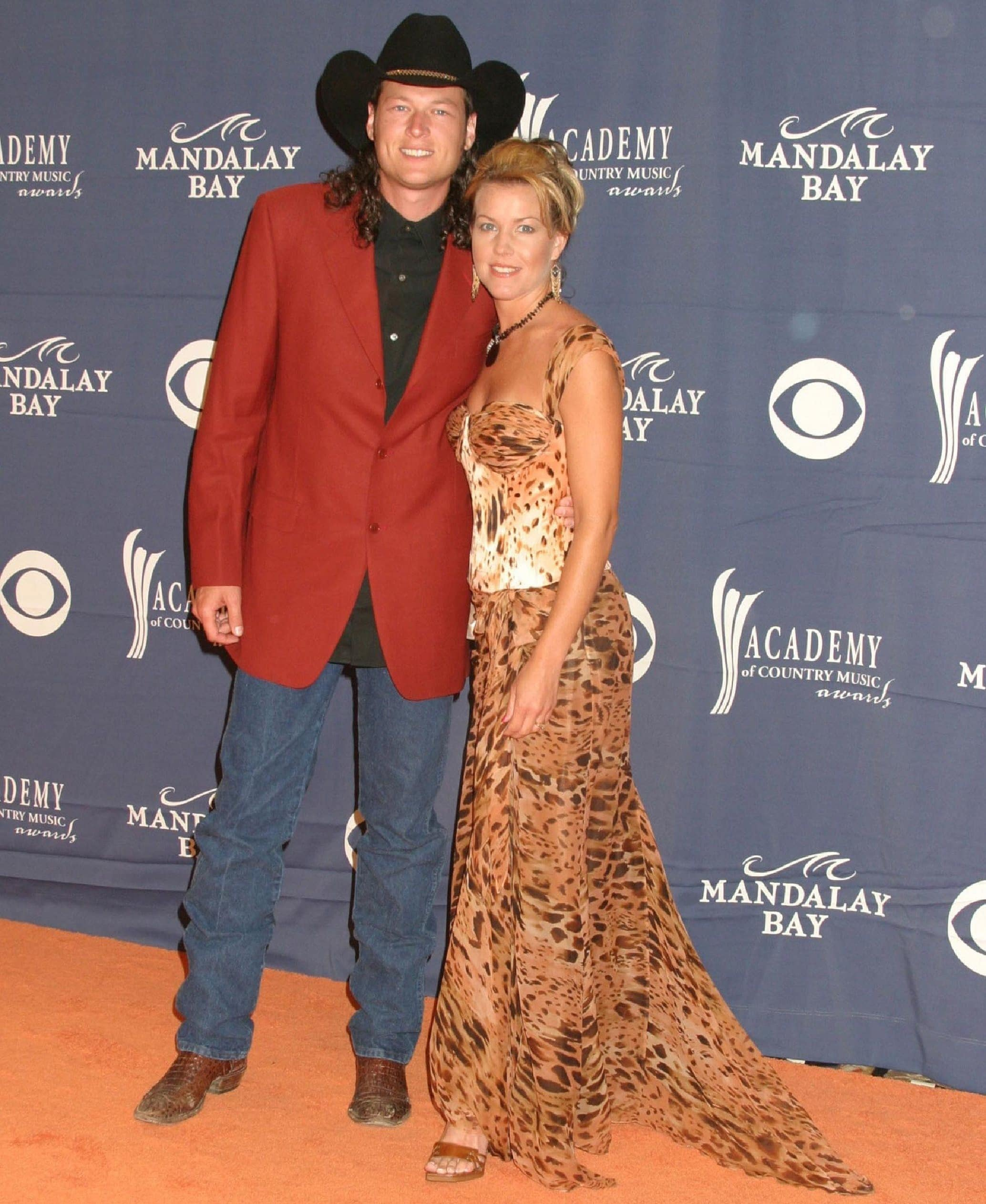 Blake Shelton was married to his high school sweetheart Kaynette Williams (also known as Kaynette Gern) from 2003 to 2006