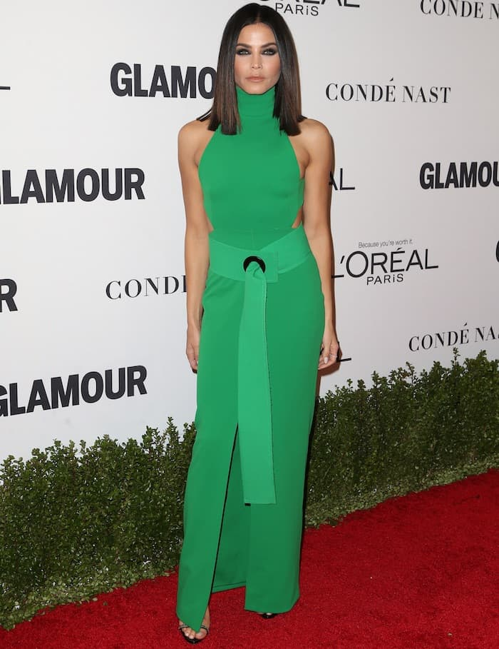 Jenna Dewan Tatum sultry and stunning in a green Solace London maxi dress