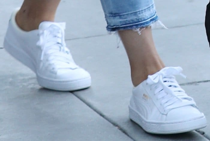 Kylie Jenner Dates Tyga in Classic White Puma Sneakers 22ccf695f932