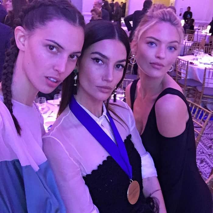 lily-aldridge-2016-world-children-awards-aquazzura-ig