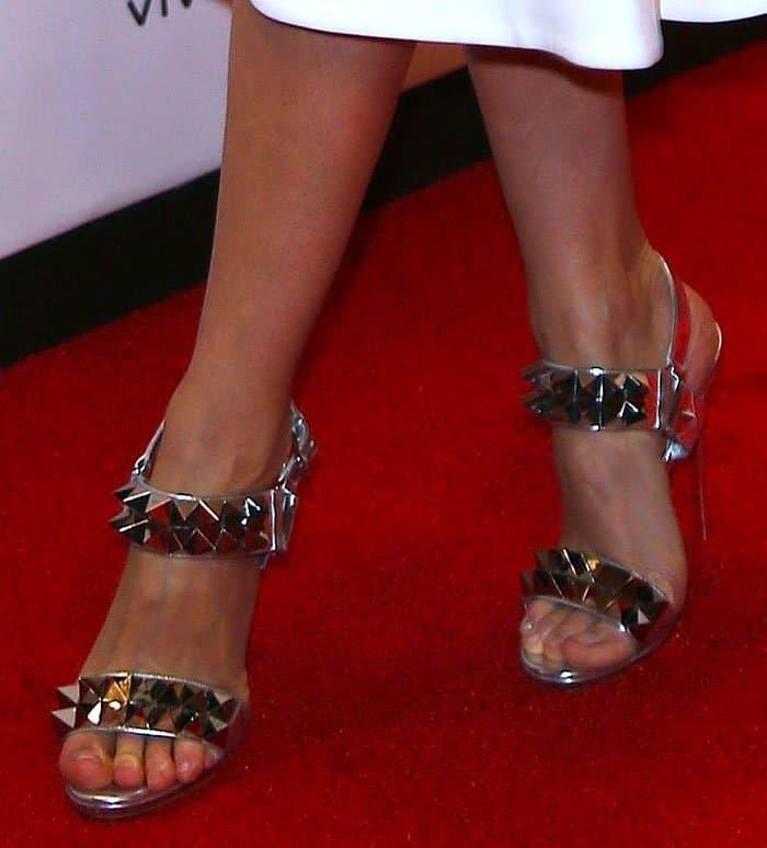 best service bfdc8 56ba8 Miranda Kerr Wows in Christian Louboutin 'Miziggoo' Sandals