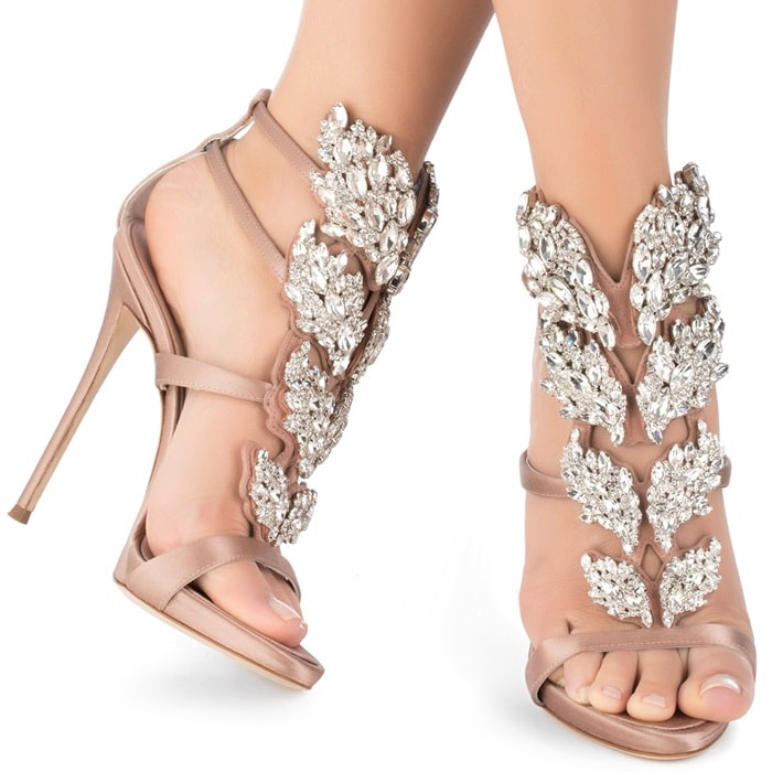 Blush satin sandal with Cruel crystals accessory