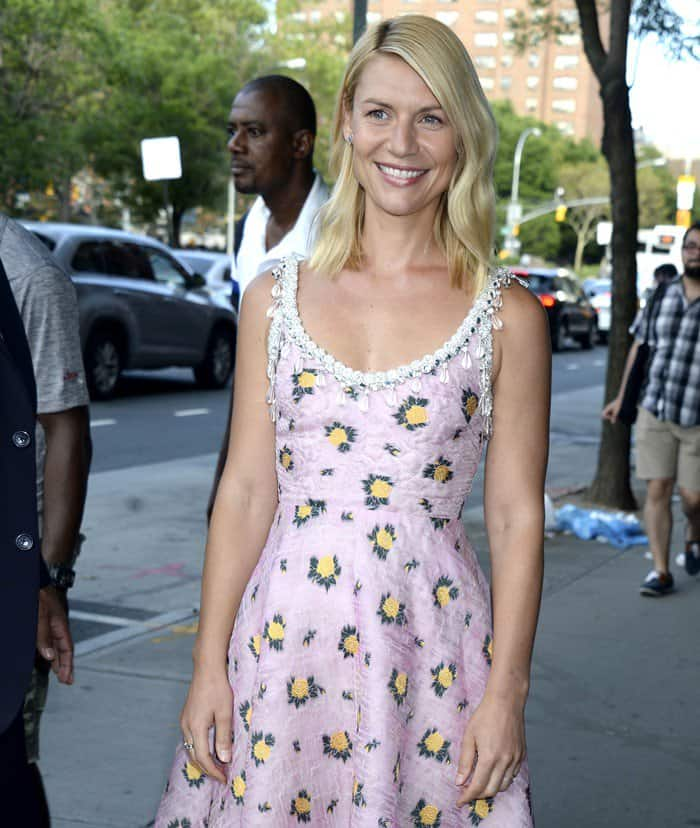 Claire Danes looked pretty in a cleavage-baring pink dress with yellow and green floral designs