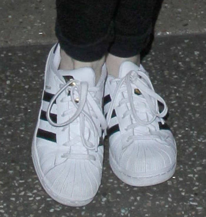 emma-stone-adidas-superstar-sneakers
