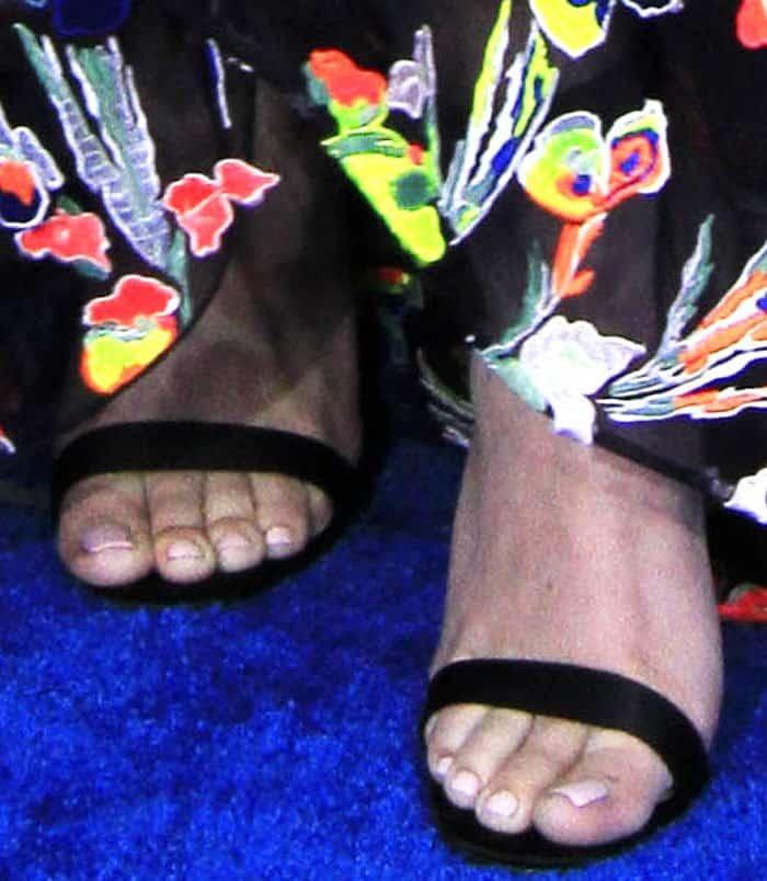fb6735a39b8d ... germany hailee steinfelds feet in christian louboutin jonatina sandals  783a8 9ce23
