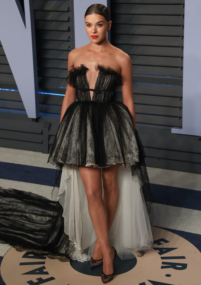 Hailee Steinfeld wearing a black and white tulle high-low dress by Giambattista Valli