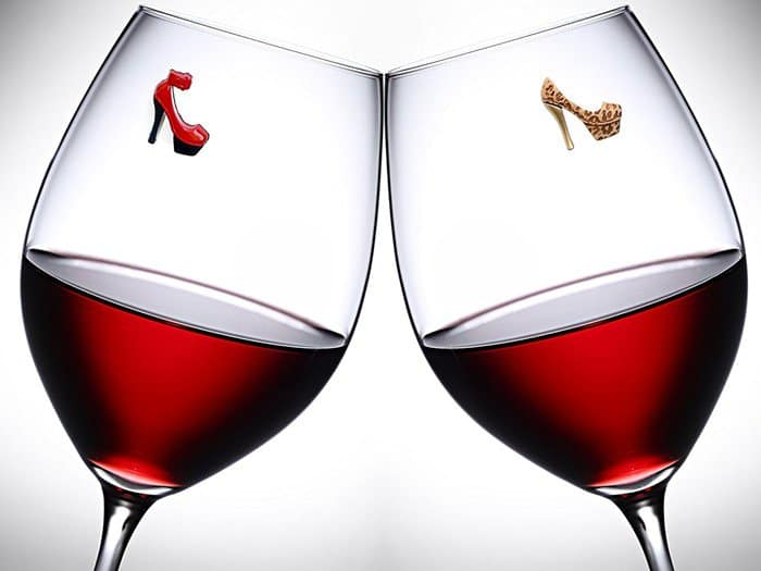 high-heels-wine-glass-charm