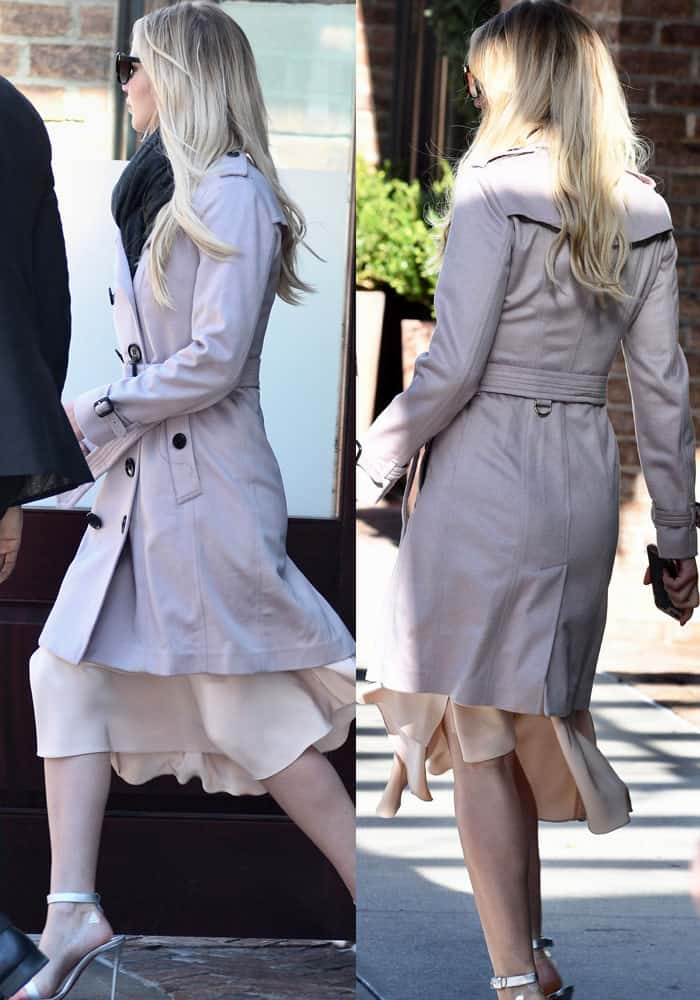 """J.Law strutted out of her hotel in the Burberry """"Sandringham"""" cashmere coat in pale orchid"""