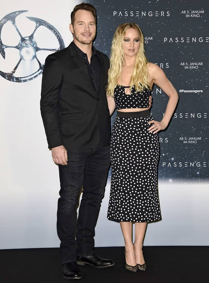 Actress Jennifer Lawrence and actor Chris Pratt attend the photocall for 'Passengers'