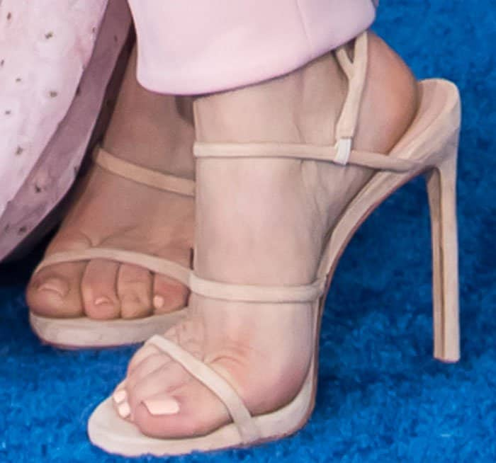 """Kaley complemented her Noon by Noor outfit with nude Stuart Weitzman """"Courtesan"""" sandals"""