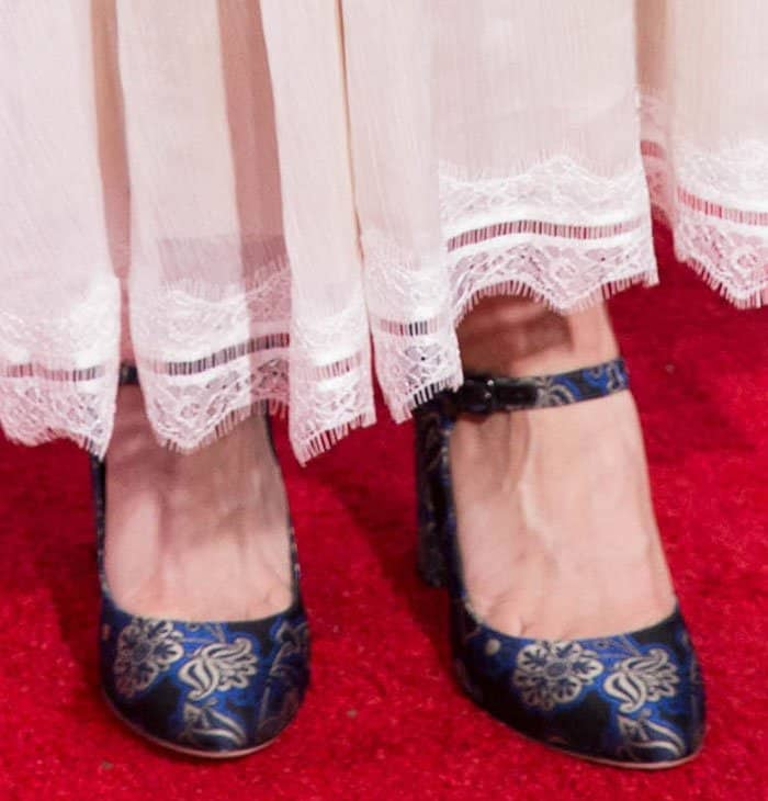 Kaley Cuoco shows off her feet in oriental-inspired Via Spiga pumps