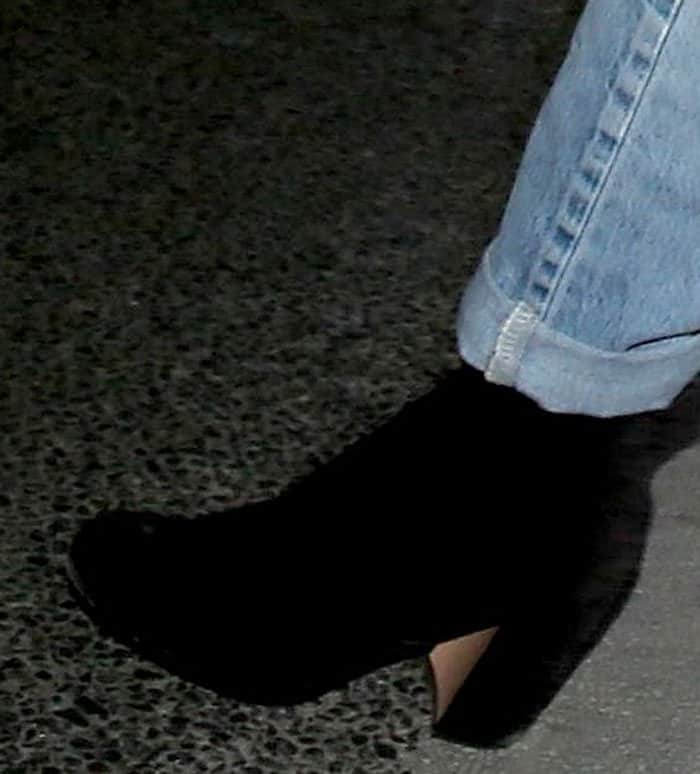 kelly-rowland-suede-boots