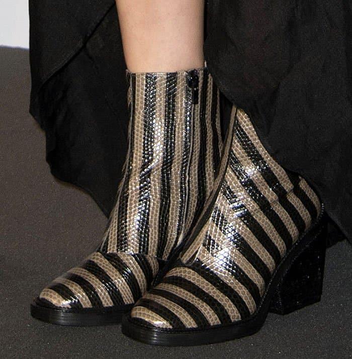 marion-cotillard-robert-clergerie-stripe-lizard-boots