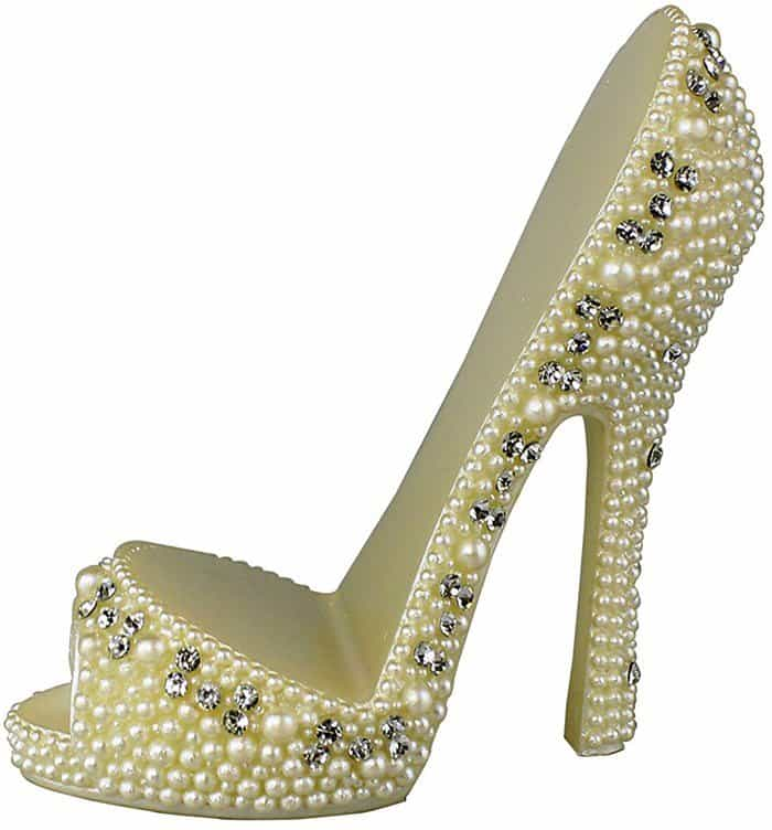 pearl-crystal-shoe-cell-phone-holder