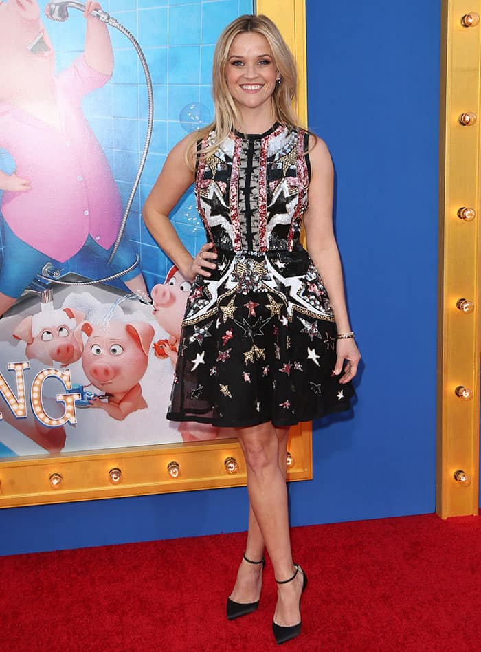 Reese Witherspoon shimmered in a patriotic black mini dress by Elie Saab