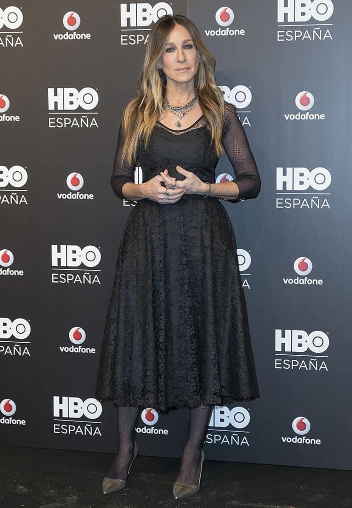 sarah-jessica-parker-black-dress-hbo-espana