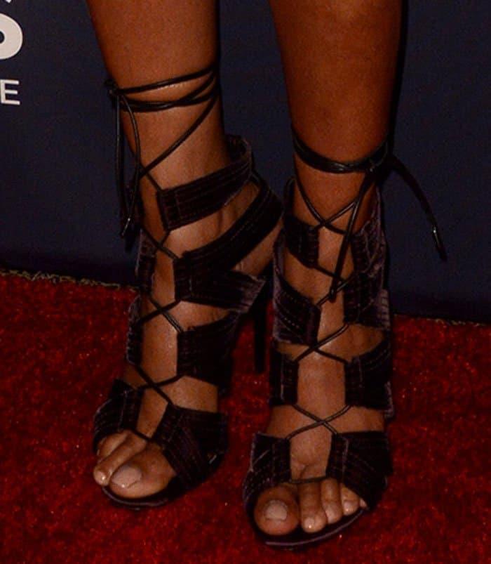 taraji-p-henson-tom-ford-lace-up-velvet-sandals