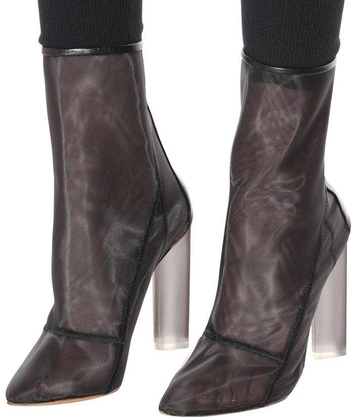 734d2b3ab7510 Khloé Kardashian Rocks Kanye West s Yeezy Mesh Ankle Boots