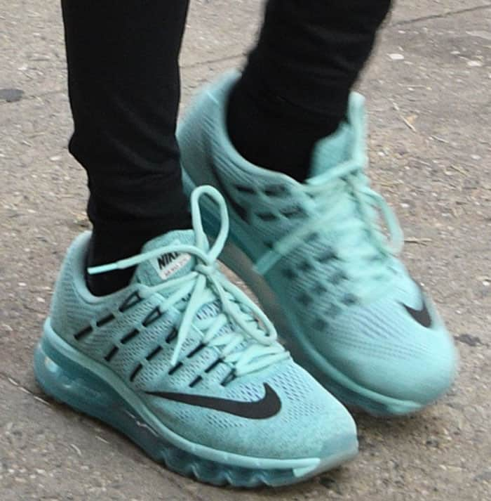 Diane Kruger in Nike shoes