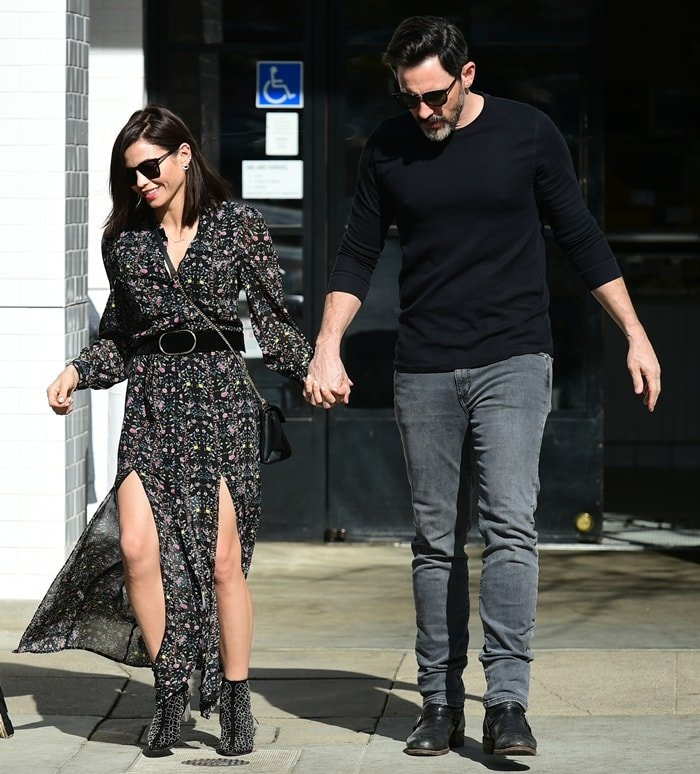 Jenna Dewan and Steve Kazee step out for a lunch date at Joan's on Third