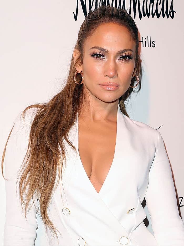 Jennifer Lopez accessorized with Le Vian diamond-and-rose-gold hoop earrings