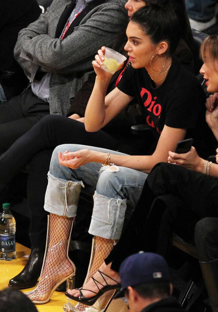 72b4fb7d8b Kendall Jenner at the LA Lakers game in Los Angeles on January 3, 2017