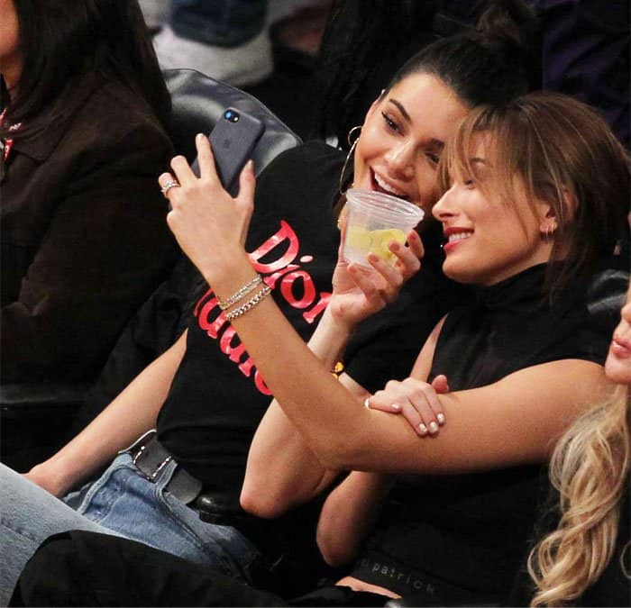 Kendall shares a selfie with her BFF Hailey Baldwin
