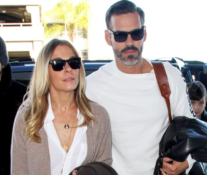 LeAnn leaves LA with her husband Eddie Cibrian sticking closely by her side