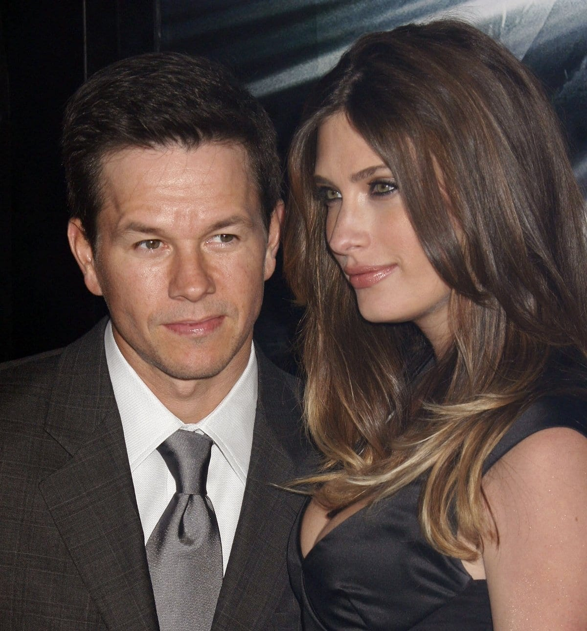 Mark Wahlberg met his taller wife Rhea Durham at a press junket in New York in 2001