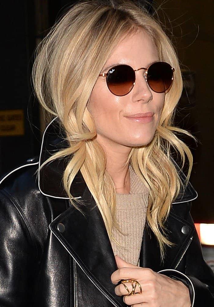 Sienna Miller wears Ray-Ban round metal sunglasses