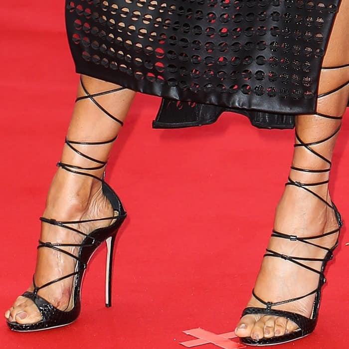 Alesha Dixon shows off her feet in black DSquared2 RiRi sandals