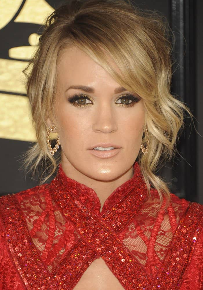 Carrie Underwood Red Hot at Grammys in Elie Madi Dress