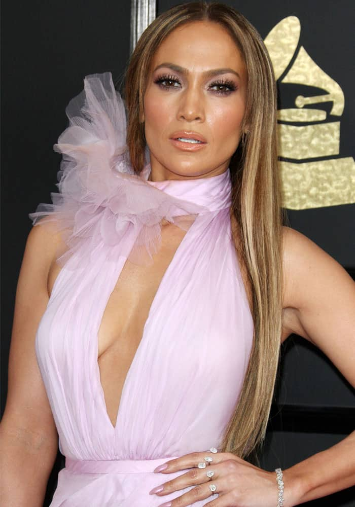 Jennifer Lopez in a dreamy orchid-colored dress from Ralph & Russo's Spring 2017 collection at the 59th annual Grammy Awards held in Los Angeles on February 12, 2017