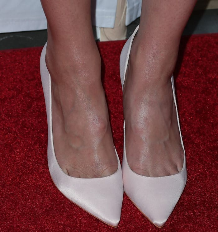 Mandy showing toe cleavage in pointy-toe Sophia Webster heels