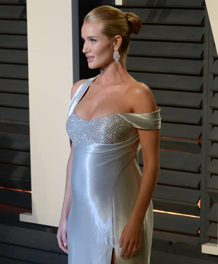 Rosie Huntington-Whiteley In Atelier Versace – 2017 Vanity Fair Oscar Party