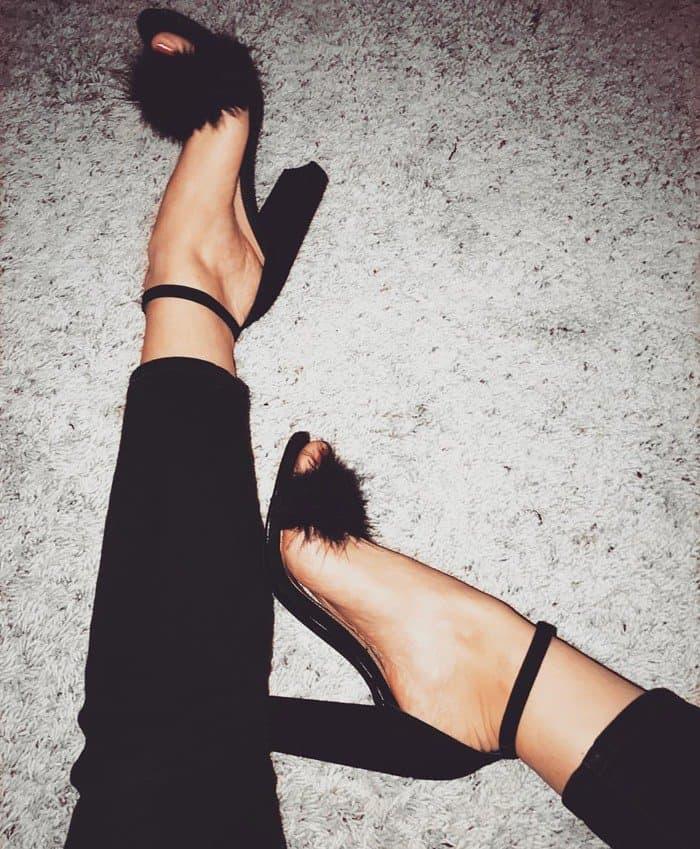25f69cc6192 Irresistibly Fluffy Carabu Feathered Ankle-Strap Sandals