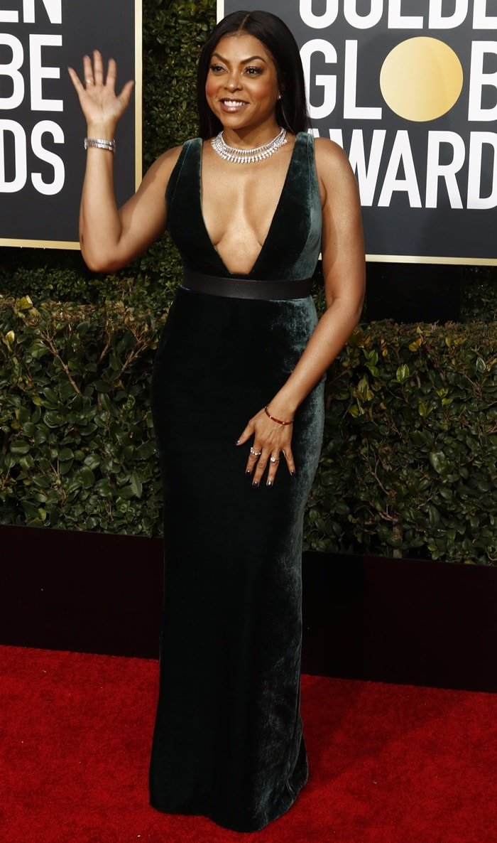 Taraji P. Henson's forest green Vera Wang gown features a daring neckline