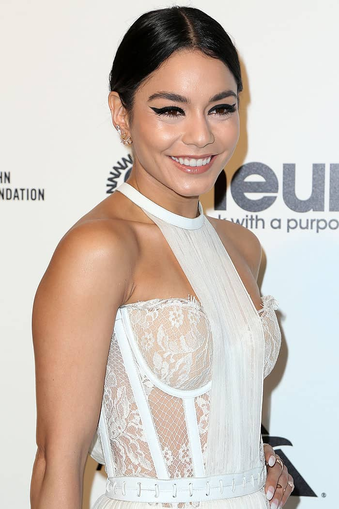 Vanessa Hudgens flashing her white underwear