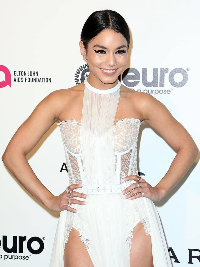 Vanessa Hudgens flashes her super toned arms and shoulders