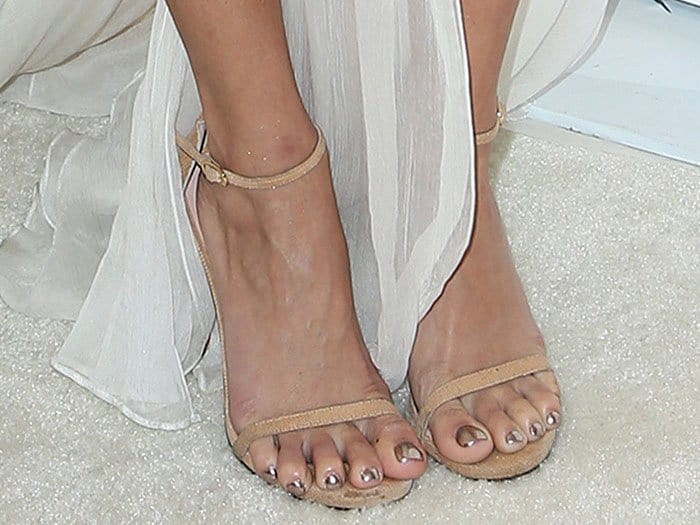 "Vanessa Hudgens shows off her hot feet in Stuart Weitzman ""Nudist"" sandals"