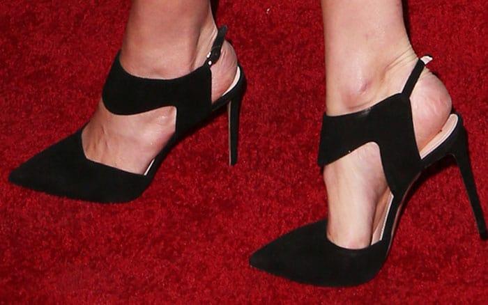 Camilla wears a sexy pair of Nicholas Kirkwood Leda pumps
