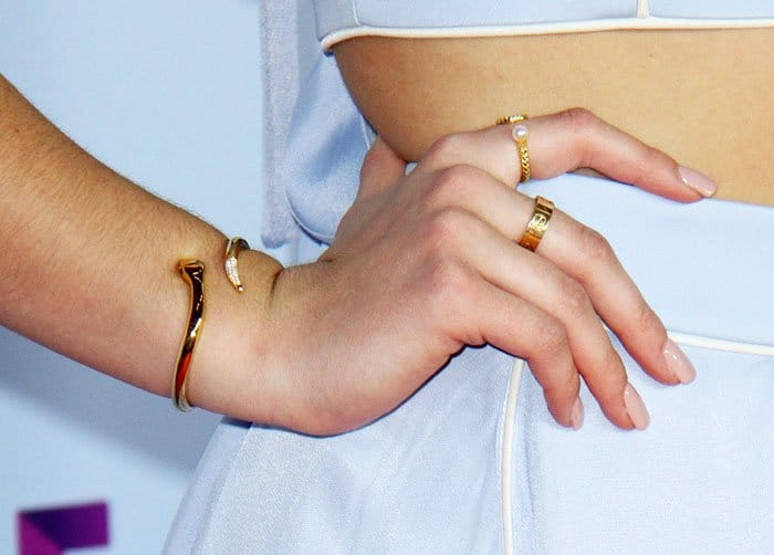 Chloe lavishes herself in fine jewelry from Dana Seng and Nialaya