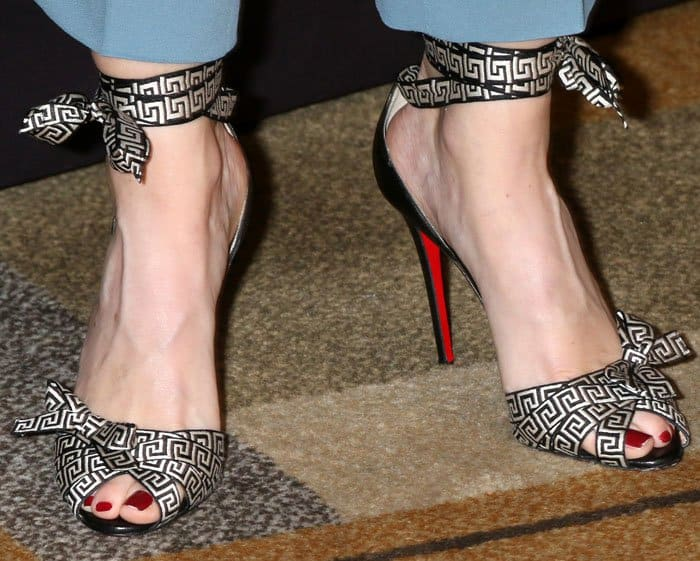 Ellen Pompeo's sexy feet in grosgrain Christeriva sandals
