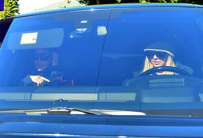 Khloe drove to Epione with her sister Kim Kardashian