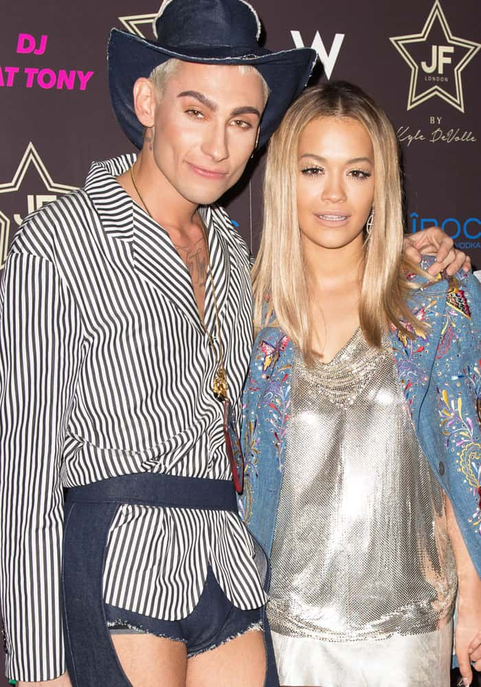 Rita poses with her best friend and stylist, Kyle De'Volle