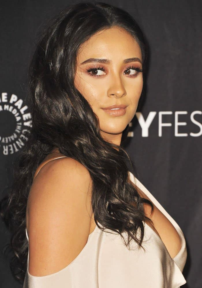 """Shay Mitchell at PaleyFest LA's screening of """"Pretty Little Liars"""" in Los Angeles on March 25, 2017"""