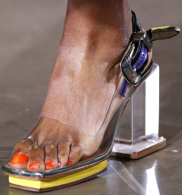 62bac309b30 Clear platform sandals exposing poor scrunched-up toes and chipped nail  polish