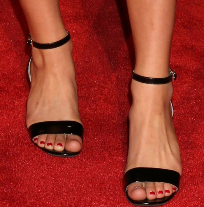 Asia Monet Ray wearing black ankle-strap sandals at the 2017 iHeartRadio Music Awards